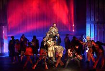 Pískání po větru: Webberův muzikál v Městském divadle Brno