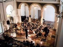 Brno Contemporary Orchestra. Jedna premiéra a muzeum elektronických experimentů