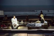 Vrcholem operní sezóny je Epos o Gilgamešovi a Dido a Aeneas