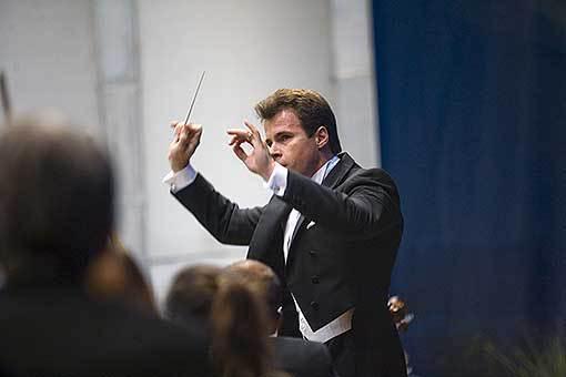 Symfonické tance s Jakubem Hrůšou