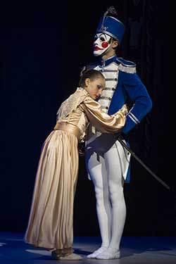 Balet ND Brno uvádí premiéru Louskáčka