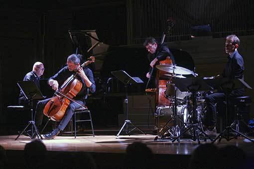 Suita pro soužití jazzu a klasiky v hudbě i publiku