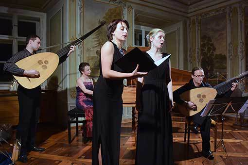 Stará hudba, nová katedra, znovu objevená místa