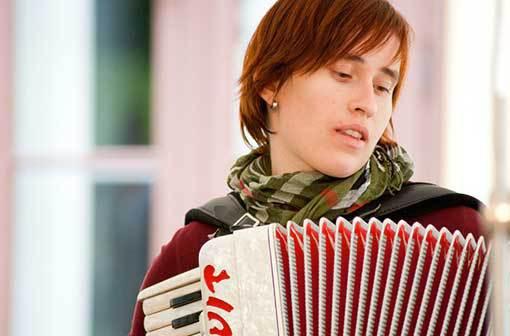 Festival Etno Jaro se podívá do Irska, na Balkán i do Afriky