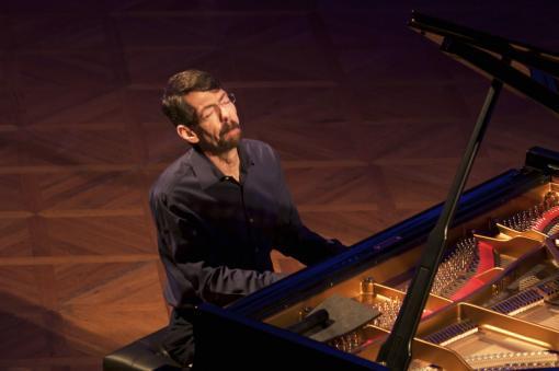Pianista Fred Hersch, Tomáš Liška a noblesa Besedního domu