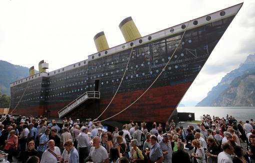 MdB představilo ve Švýcarsku muzikál Titanic. Uvede ho i v Brně