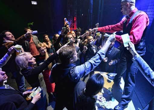Jak v Městském divadle Brno prodávají smích