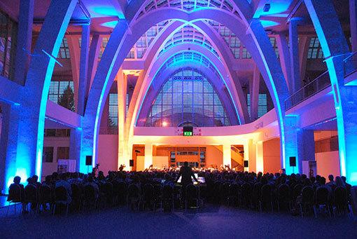 Pouště a Republika v pavilonu A. Brno Contemporary Orchestra rozezněl brněnské výstaviště