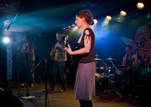 Kamenka open 2016: dva dny s hudbou a divadlem v Kamenné kolonii