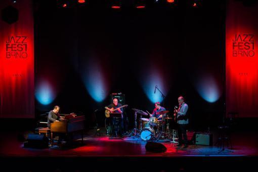 Scofield otevřel Echoes of JazzFest Brno americkou country klasikou
