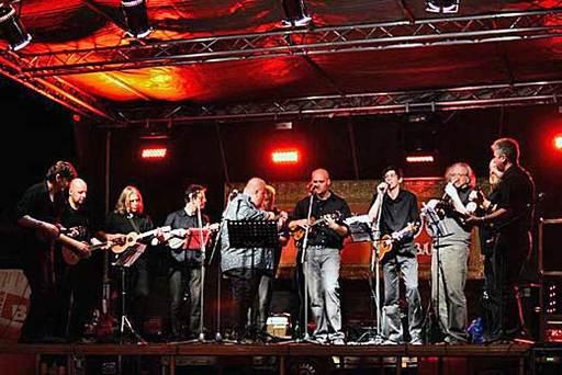 Ukulele Orchestra jako Brno křtí nové CD