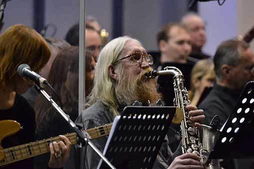 The Plastic People of the Universe natočili s Filharmonií Brno kultovní album Co znamená vésti koně