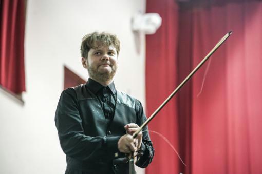 Klid před bouří brněnské filharmonie s Milanem Paľou