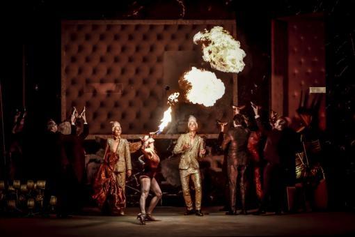 Závěr operní sezony v Brně: Premiéra Così fan tutte