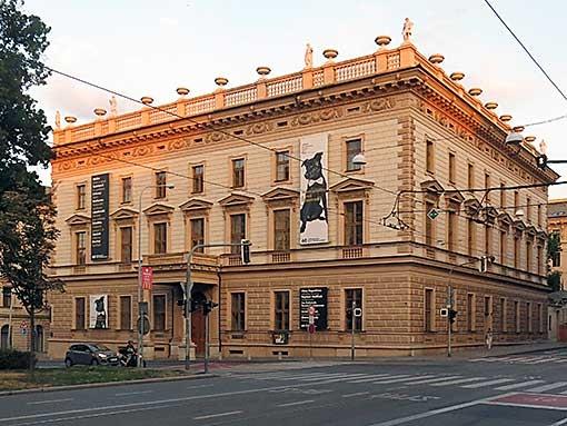 Filharmonie Brno obsazuje nové pozice