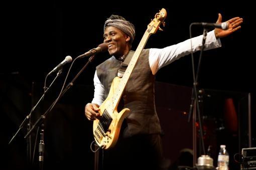 Richard Bona: Vafrických jazycích už zpívat nebudu