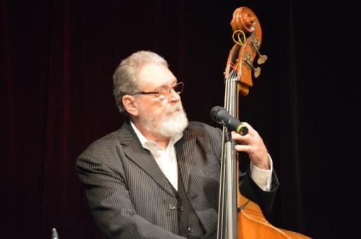 Vydařená oslava Kummerových sedmasedmdesátin s The Cotatcha Orchestra
