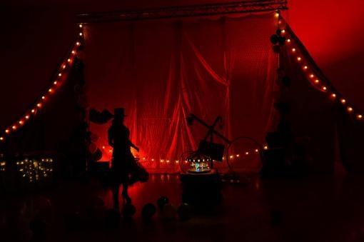Soutěž o vstupenky na Cirkus: Brno Contemporary Orchestra a Cirkus LeGrando