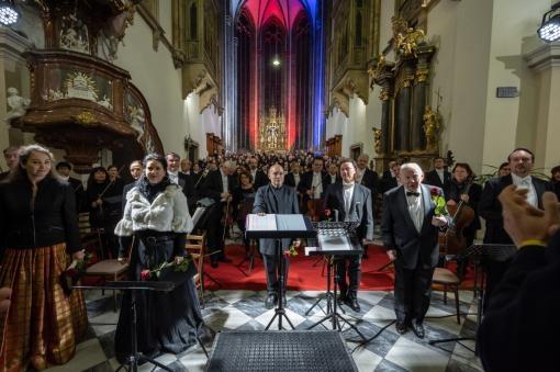 Dvořákova Svatá Ludmila jako připomínka sametové revoluce