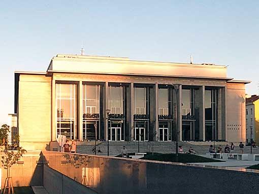 Budova Janáčkova divadla slouží umění už 55 let
