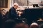 Dennis Russell Davies: první setkání se šéfdirigentem-klavíristou